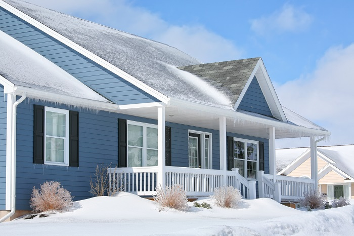 How to Prevent Snow from Accumulating on the Roof