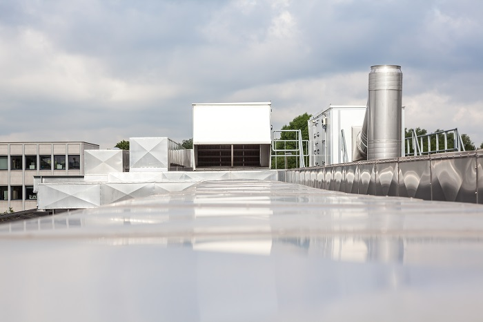 Commercial Roofing Services that Prolong a Roof's Lifetime