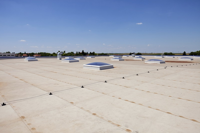 Commercial Roofing Materials That Last a Lifetime