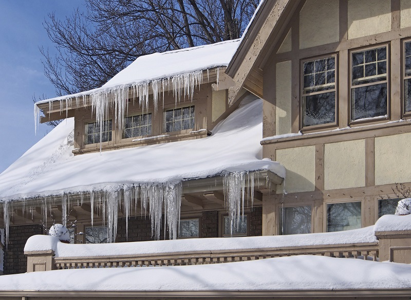 Keeping Your Roof Safe During Winter